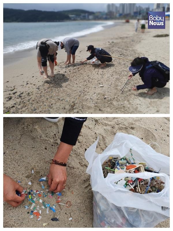 맨발로 걸으며 바닷가 쓰레기 줍기. 끝없는 플라스틱 쓰레기. ⓒ노미정