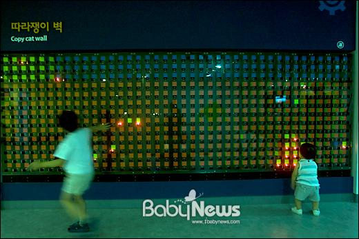 베이비뉴스 이기태 기자 = 경기도 부천시 원미구 약대동 부천테크노파크 내 부천로보파크 2층 로봇콜렉션존