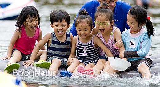 베이비뉴스는 지난 3년동안 그랬던 것처럼 앞으로도 우리 아이들의 웃음을 지키는 언론이 될 것이다. 이기태 기자 likitae@ibabynews.com ⓒ베이비뉴스