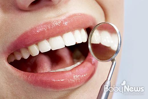 마취 등을 포함해 일반적으로 사용하는 대부분의 치과용 재료는 임신에 미치는 영향이 없다. ⓒ베이비뉴스