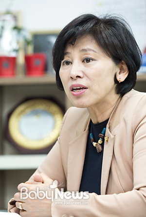남인순 의원은 오는 30일 국회에서 제93회 어린이날 기념으로 '어린이 트라우마 컨퍼런스'를 한국어린이안전재단과 베이비뉴스와 공동으로 주최한다.이기태 기자 likitae@ibabynews.com ⓒ베이비뉴스