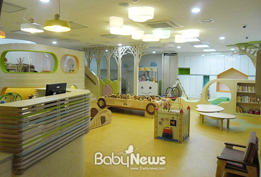 서울 중랑구가 새로 건립된 망우본동 복합청사에 공동육아방을 개설하고 오는 10일부터 운영에 들어간다. ⓒ중랑구