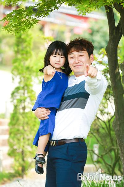'애바보' 개그맨 노우진 씨와 딸 유하. 최대성 기자 ⓒ베이비뉴스